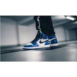 "AIR JORDAN 1 RETRO HIGH OG ""SHADOW"" Blue\White"